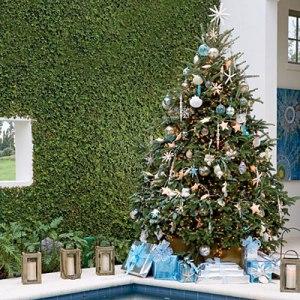 Elegant Christmas tree decoration 2014