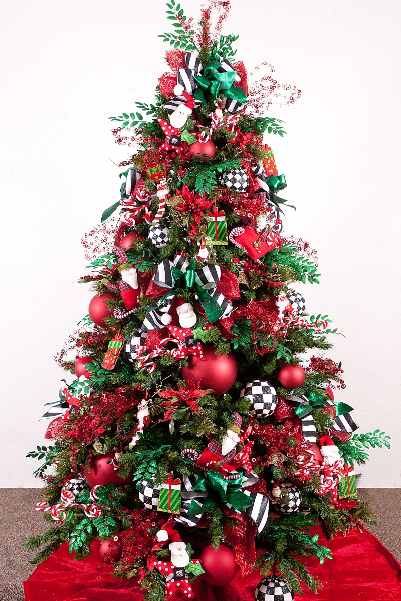 Black and white christmas tree decorations - Unique Colourful Christmas Tree Idea